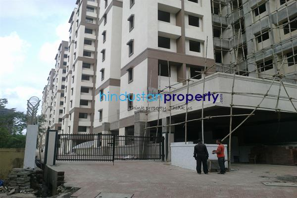residential apartment, mumbai, kurla west, image